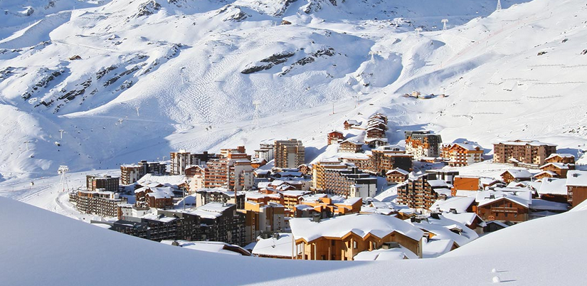 La station de ski de Val Thorens sous le soleil